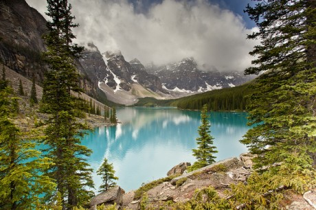 Moraine Lake - Valley of Ten Peaks
