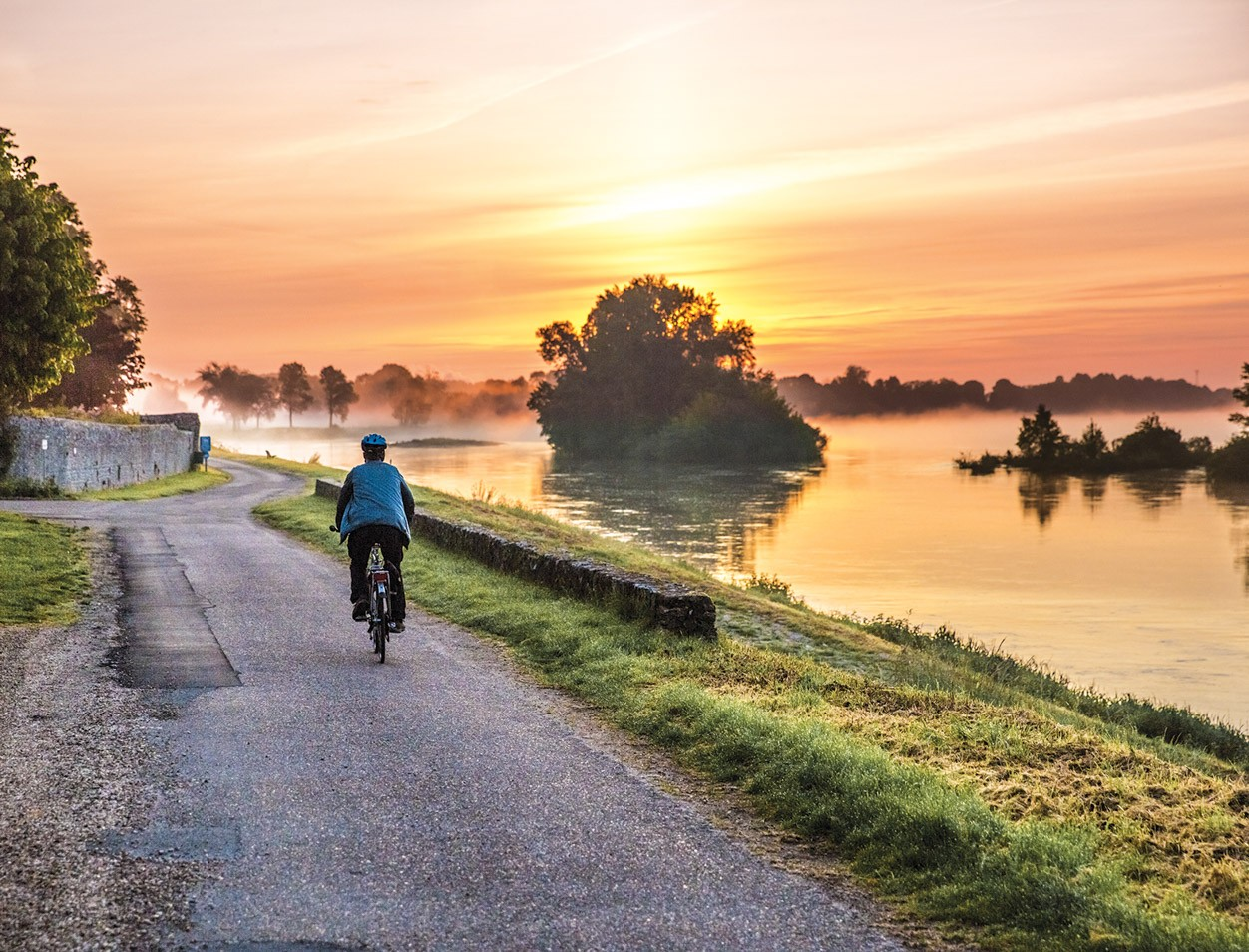 Spend a leisurely afternoon floating biking around the Loire with Austin Adventures
