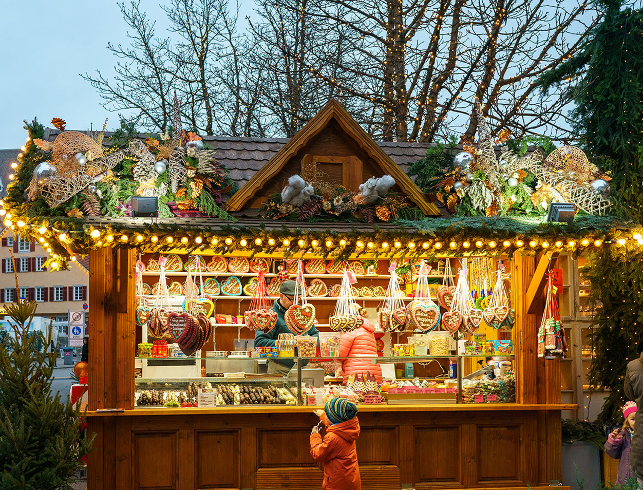 A child explores one of the best Christmas Markets in Germany.